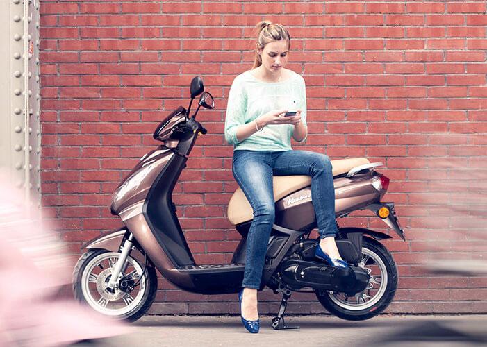 scooter kisbee 50cc 4t peugeot motocycles. Black Bedroom Furniture Sets. Home Design Ideas